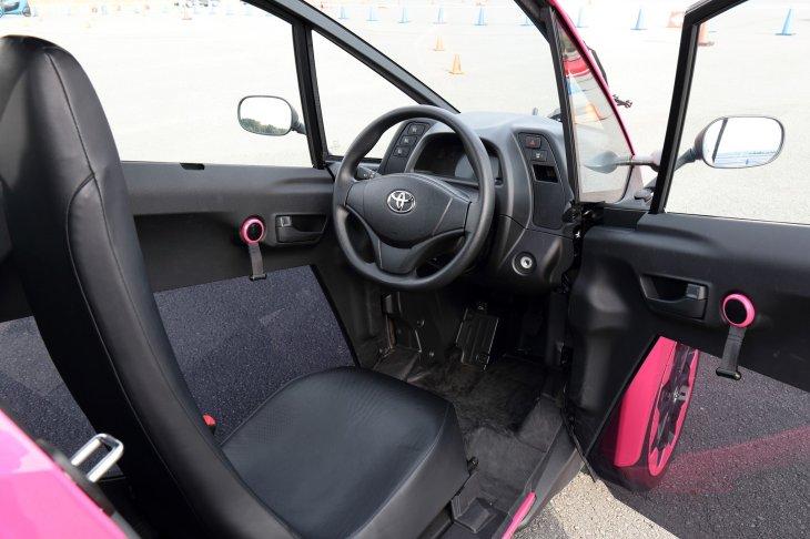 Toyota i-Road. Фотогалерея