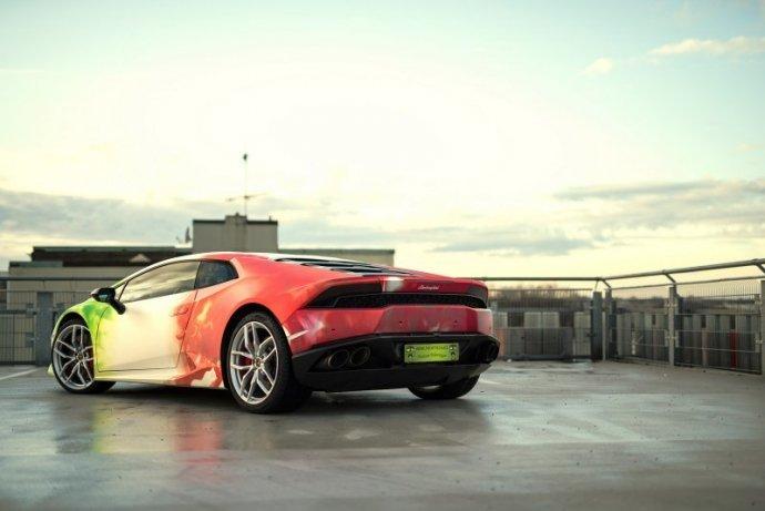 Lamborghini Huracan в эксклюзивных цветах от Print Tech