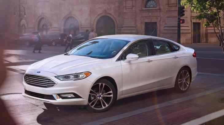 Ford готовит гибридный Mondeo и новый «электропаркетник»