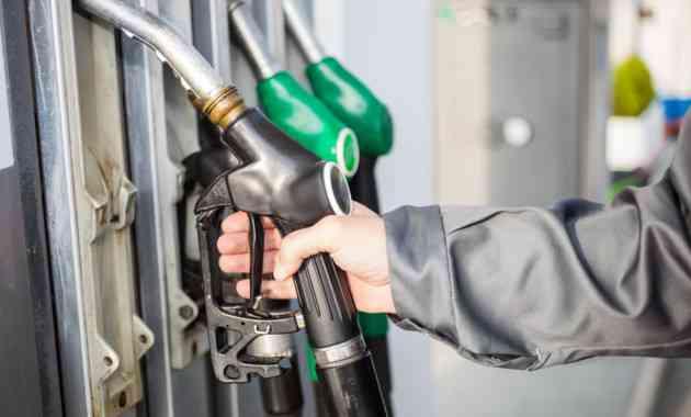 С начала года бензин в России подорожал на 3,1%