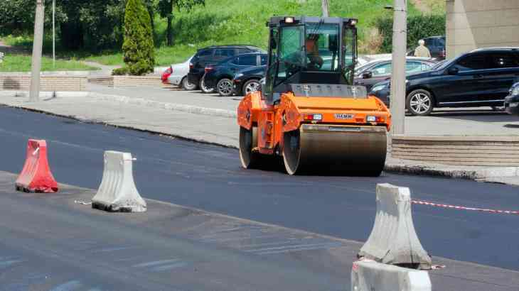 Премьер-министр РФ подписал документ о ремонте федеральных дорог