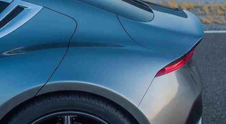Конкурент Tesla Model S от Fisker: первые изображения в «полный рост»