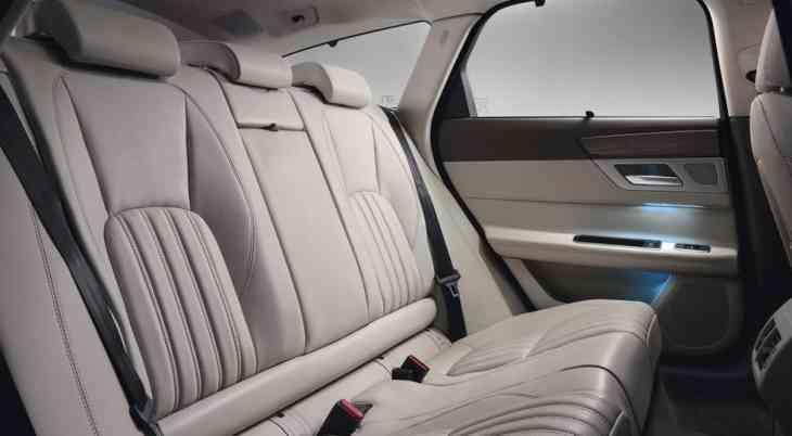 Jaguar представил конкурента для «сараев» Mercedes и BMW