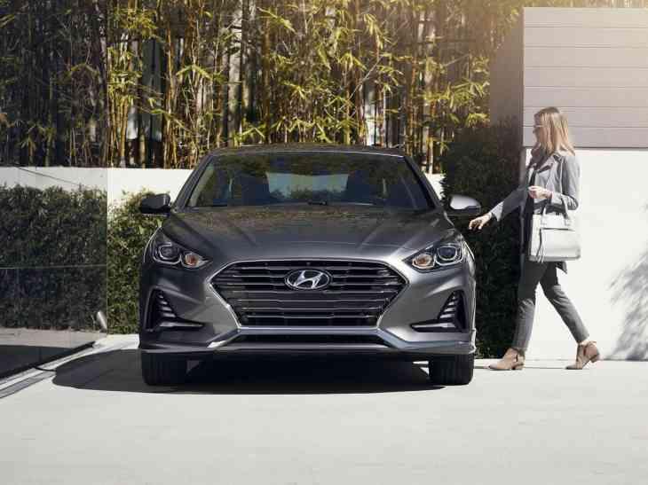Hyundai опубликовала цены на рестайлинговый седан Sonata