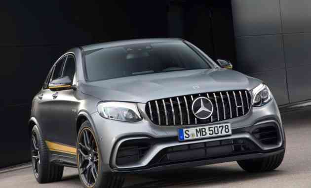 Названы цены на самые мощные кроссы Mercedes-AMG GLC