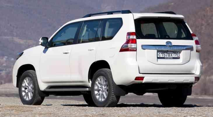 Рестайлинговый Toyota Land Cruiser Prado: новые изображения