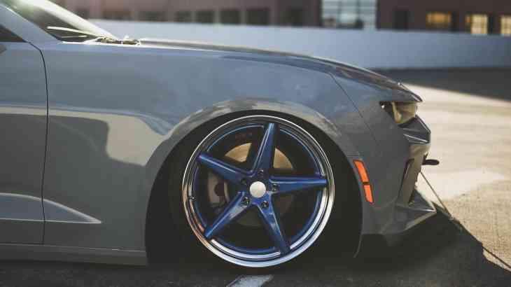 Модный приговор: Chevrolet Camaro получил эксклюзивную «обувку»
