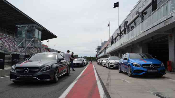 Mercedes-Benz провёл тренировочный день для российских автожурналистов