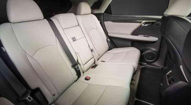 Семиместный Lexus RX может дебютировать этой осенью