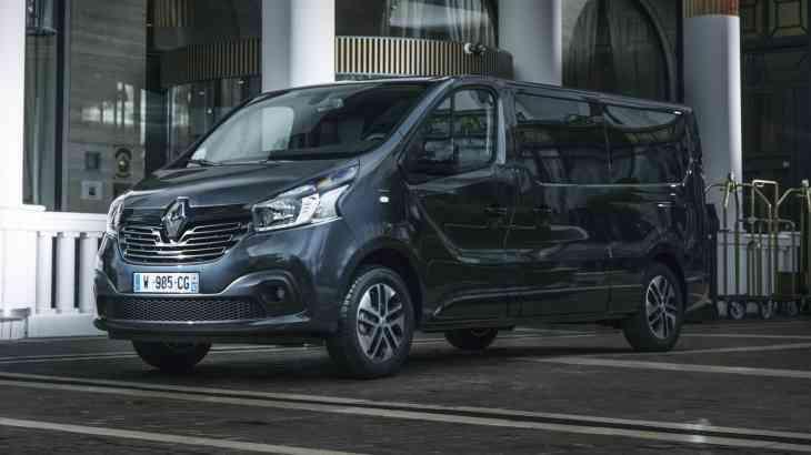 Известна линейка моторов бизнес-минивэна Renault Trafic SpaceClass