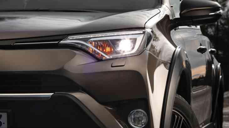 Toyota объявила о старте продаж в России спецсерии RAV4
