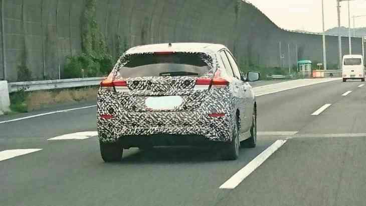 Новый Nissan Leaf: первые фото