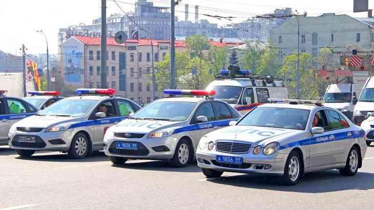 Стало известно, сколько россиян доверяют сотрудникам ГИБДД