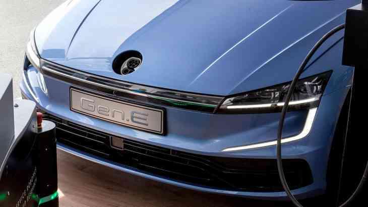 Volkswagen построил прототип следующего Golf