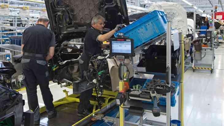 Обновленный Mercedes-Benz S-Class отправился на конвейер
