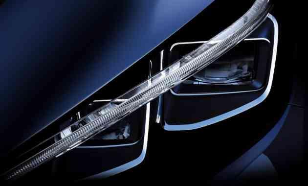 Новый Nissan Leaf станет мастером парковки