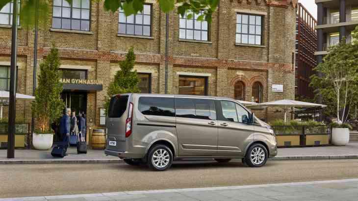 Обновленный Ford Tourneo Custom: скоро в России