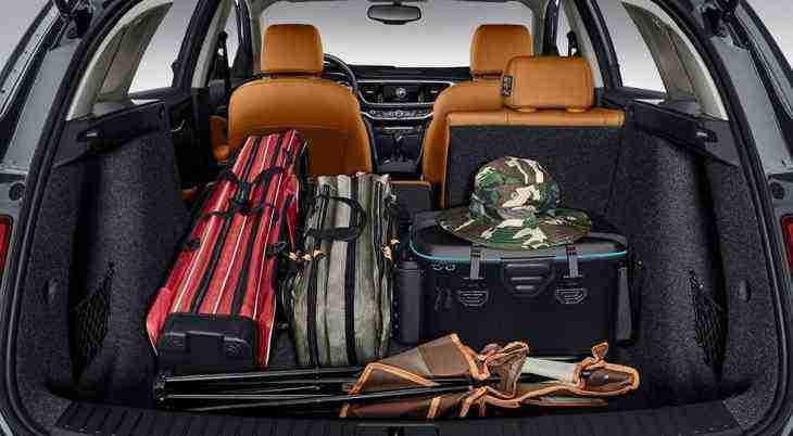 Универсал Buick Excelle: новые официальные изображения