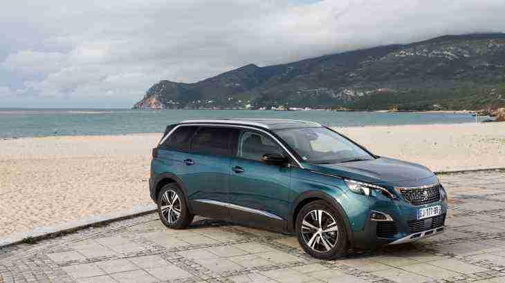 Следующий Peugeot 208 станет электромобилем