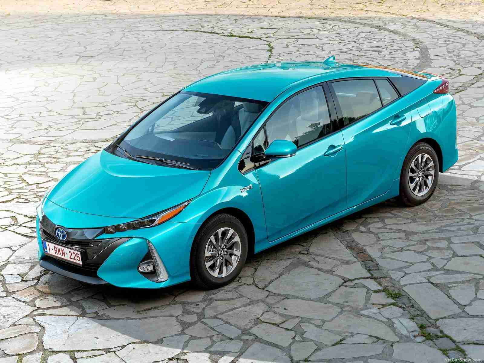 strategy memo for toyota prius Category: business analysis strategy toyota title: operation strategy of toyota the toyota prius led the way with 107,897 cars sold for the year 2005.