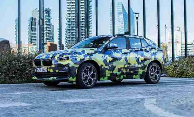 BMW X2 в легком камуфляже замечен в Милане