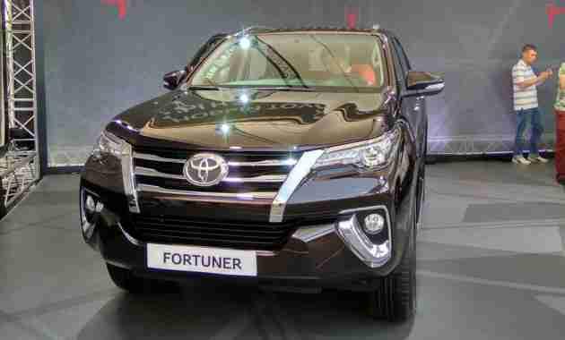 Toyota Fortuner в России сначала получит дизельный мотор